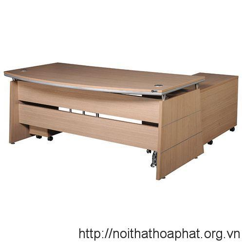 ban-lanh-dao-hoa-phat-HRP1890
