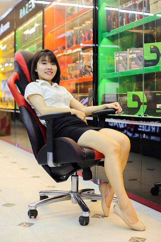ghế chân quỳ gaming